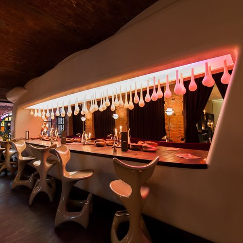 east Hotel und Restaurant Hamburg Bar Yakshis Bar Getränke Lobby