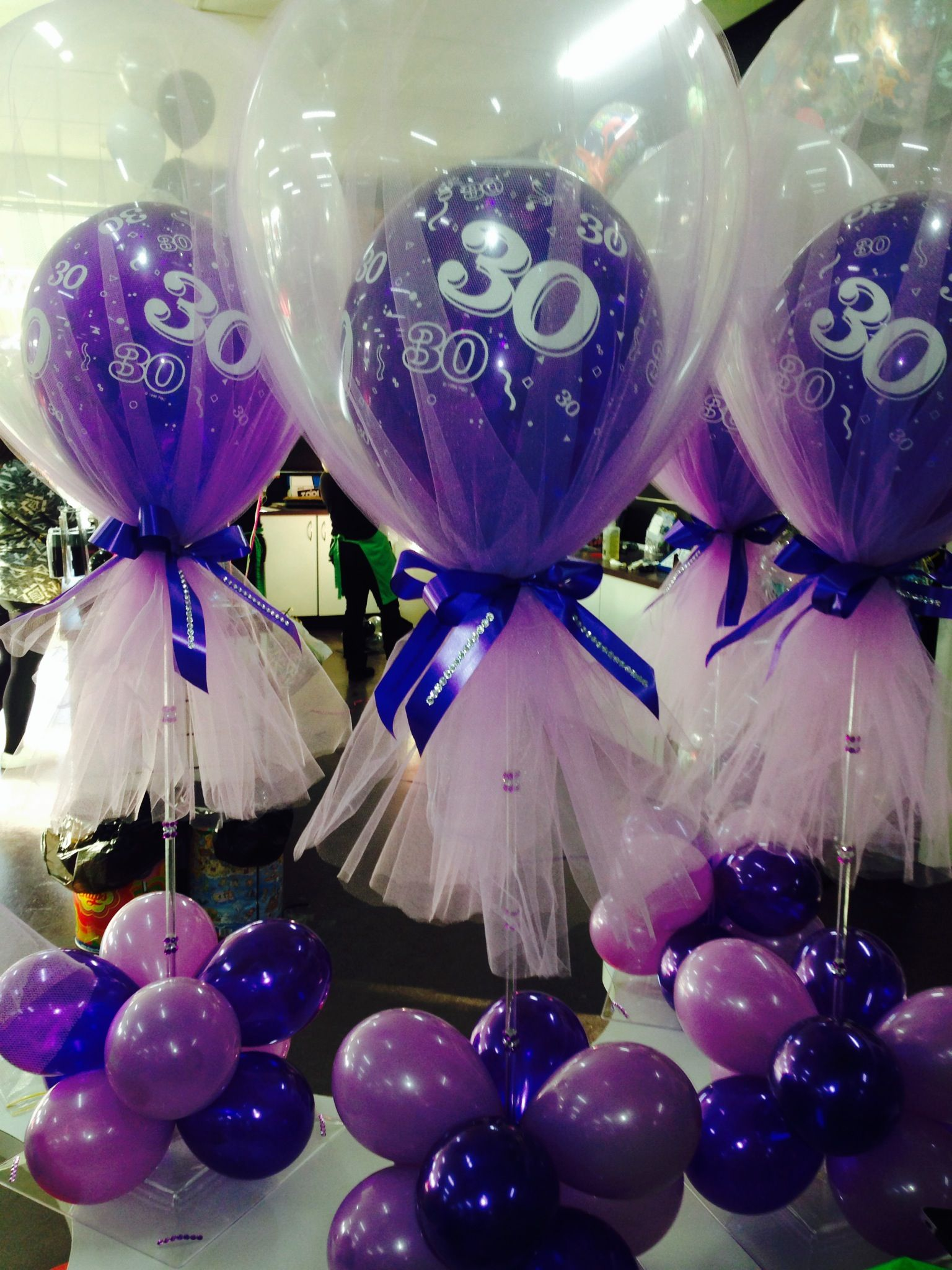 Tulle 30th Birthday Table Centre Just Balloons Pinterest