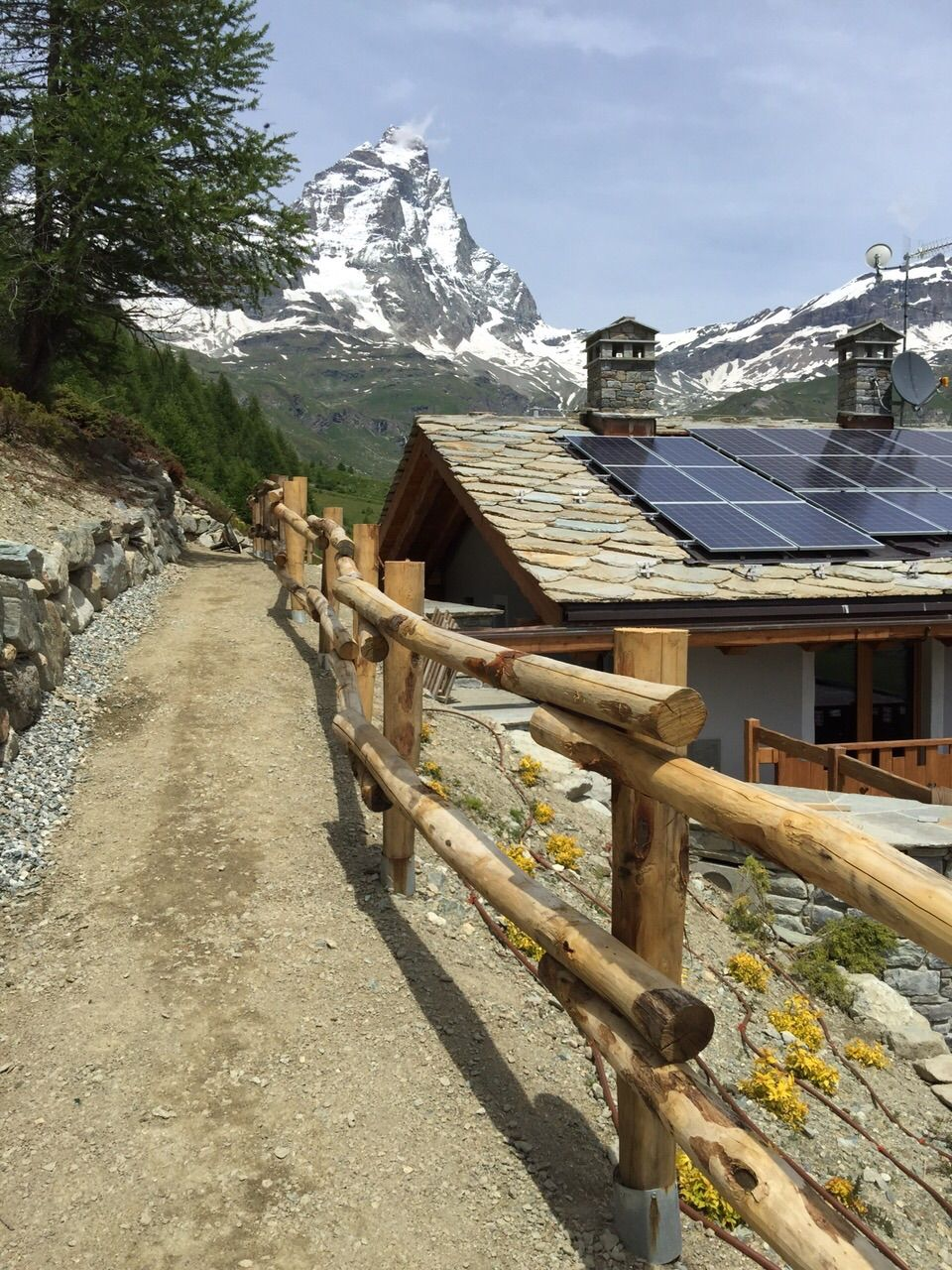 Recinzioni Per Case Di Montagna palizzata in castagno (con immagini) | recinzioni da