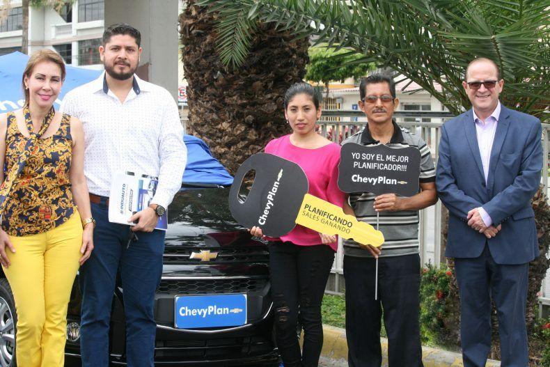 chevyplan y red de concesionarios chevrolet entregaron cinco autos en guayaquil https farraslive page link nnz5 empresariales guayaquil chevrolet auto chevyplan y red de concesionarios