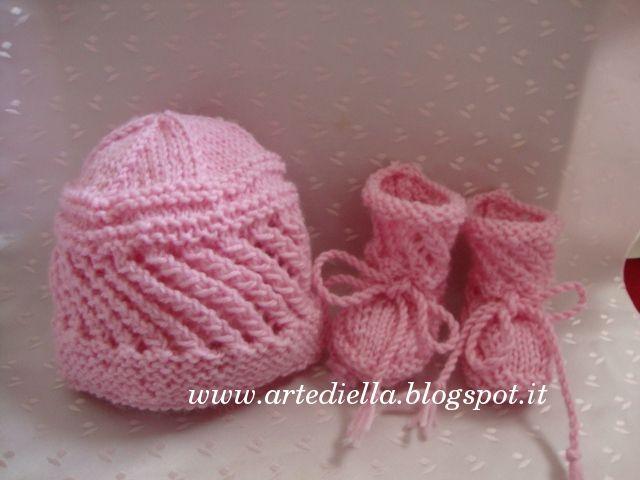 Le Fragole di Stoffa  Cappellino e scarpette per neonato con spiegazioni 7d3e7d6160a7