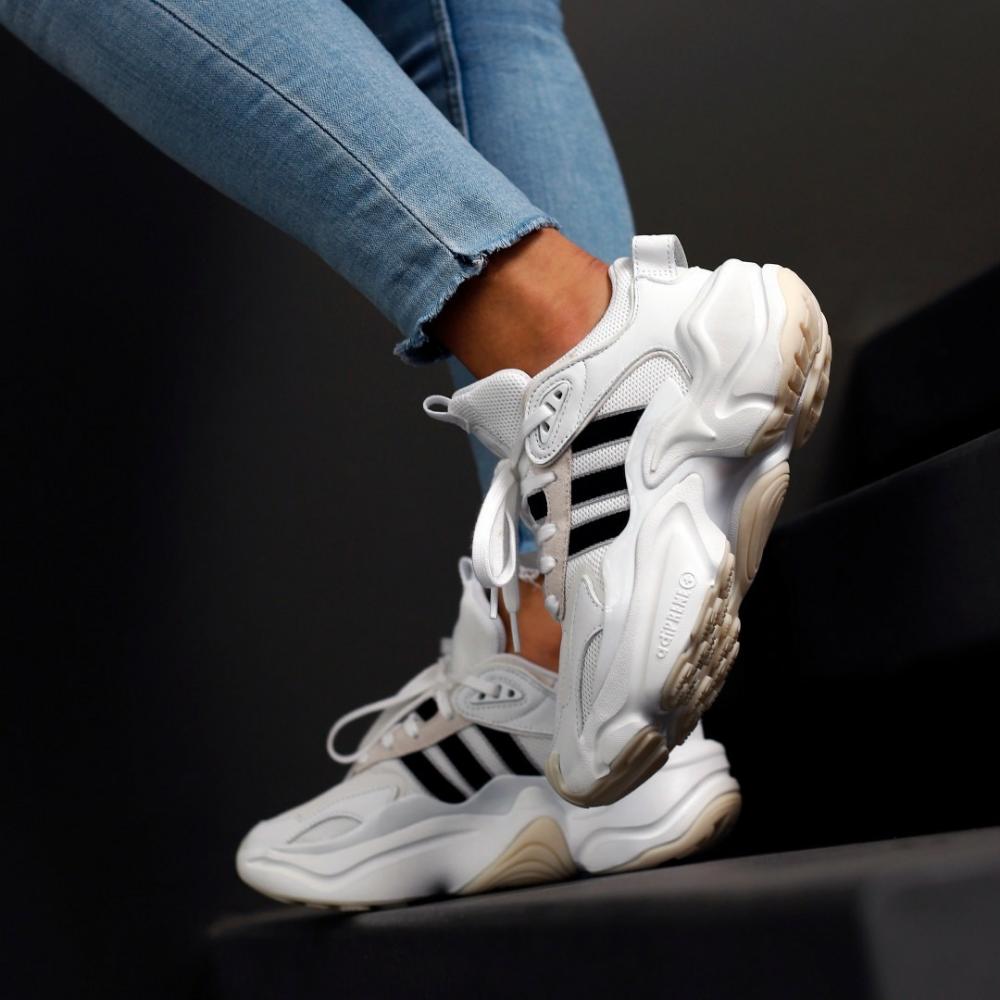 Adidas MAGMUR Runner adiPRENE+   Tøj og Sko
