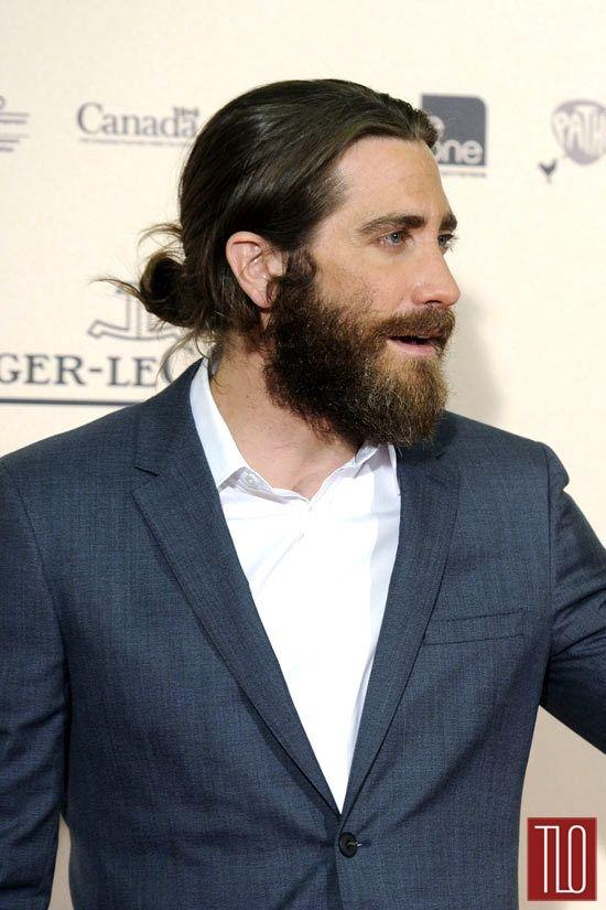 Jake Gyllenhaal At The Enemy Madrid Premiere Jake Gyllenhaal Jake Gyllenhaal Beard Man Bun