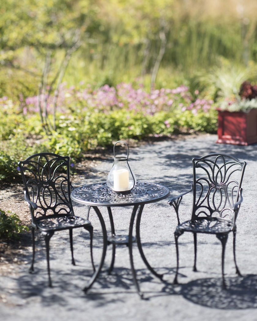 3 Piece Tulip Bistro Table Set Cast Black Aluminum Gardeners