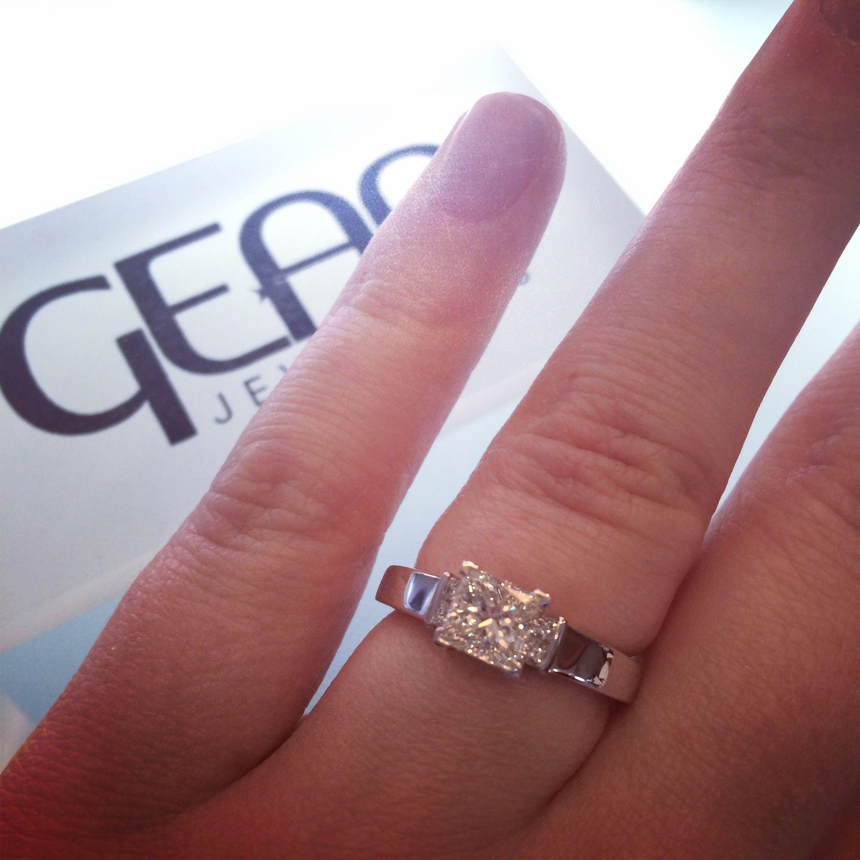 Engagement Ring Dublin 18k White Gold princess cut diamond