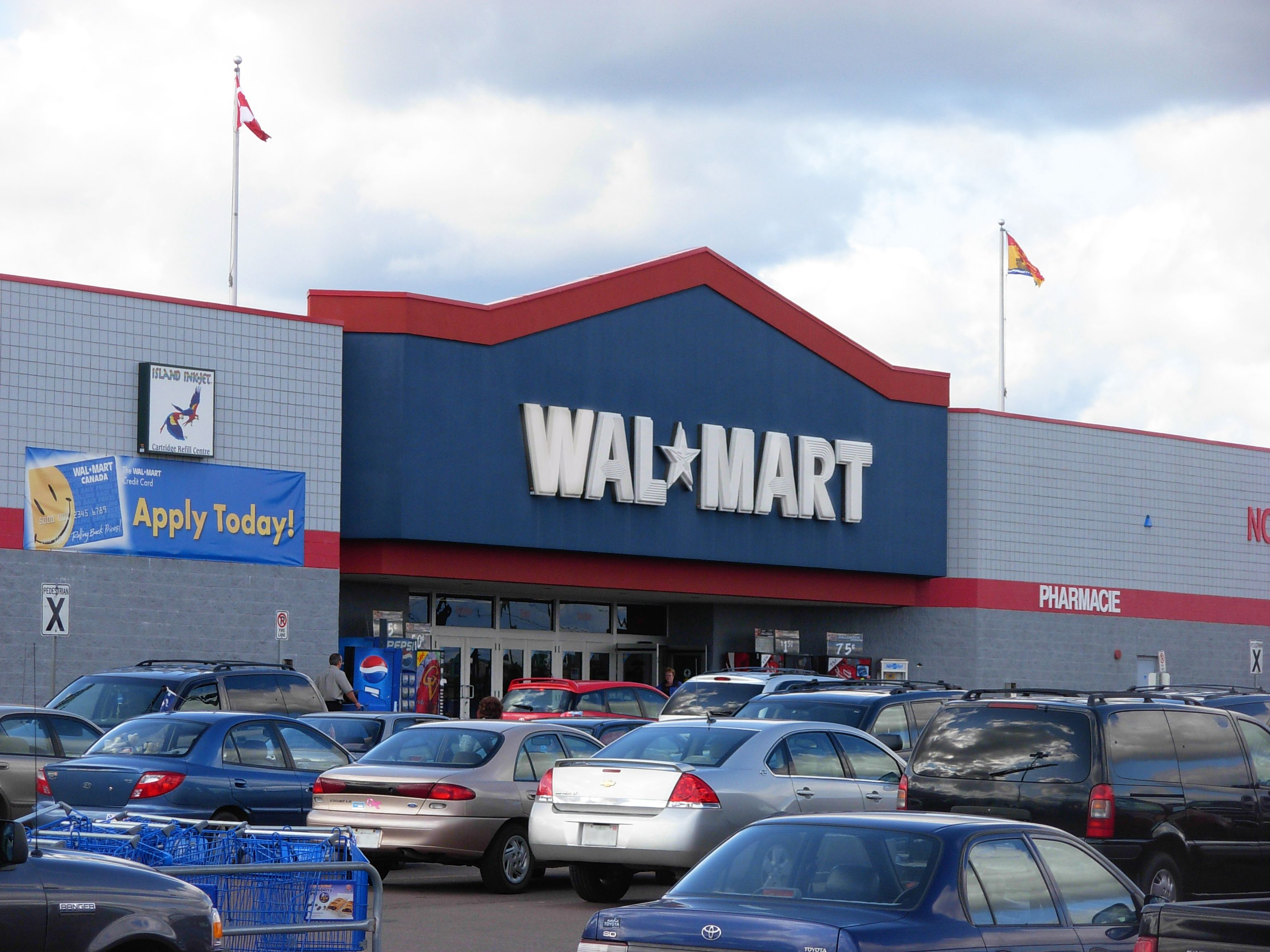 Wal Mart was once retail s biggest disrupter But now that retail