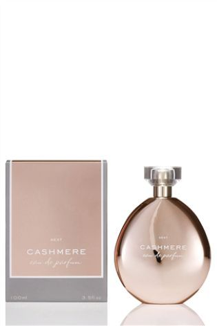 A soft and sensuous fragrance combining beautiful florals and delicate powdery musks, this Cashmere Eau De Parfum from Next will put a smile on her face this Christmas.