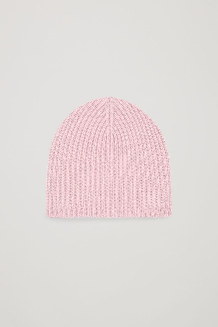 07e0af0930f5f COS image 1 of Ribbed cashmere hat in Pink