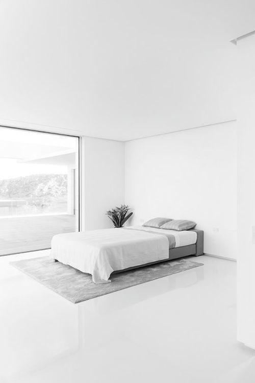 Pin di pierluigi brio su interior home design for Letto minimalista