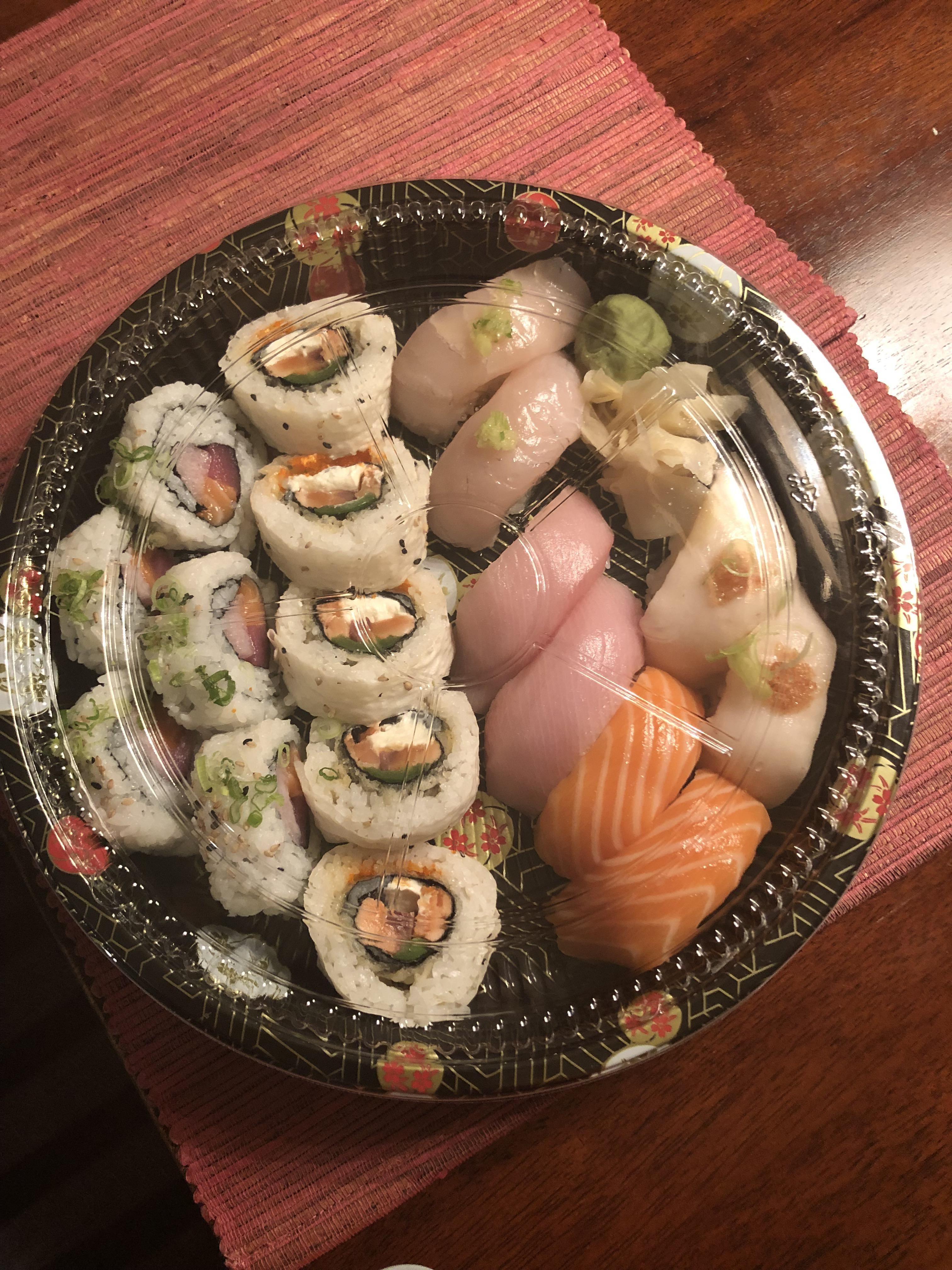 Nice Assortment Of Takeout From Sushishima In San Antonio Texas Best Sushi Food Sushi