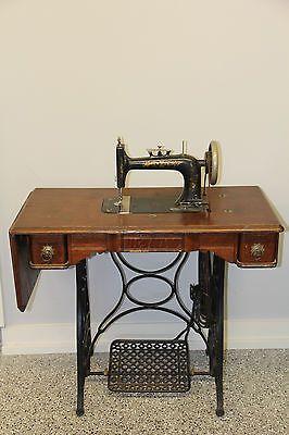 Vintage New Home Sewing Machine : vintage, sewing, machine, Antique, Treadle, Sewing, Machine, Antiques,, Table,, Machines