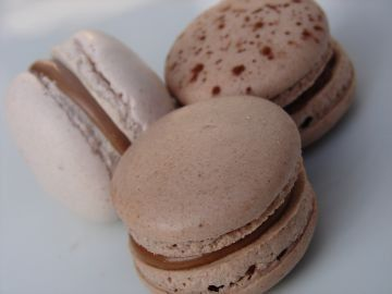 Macarons Au Praline Recette Chocolat Caetera Recette Macaron Macaron Recette Chocolat