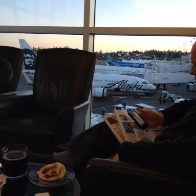 Alaska Airlines Board Room at Seattle Airport. | My Road Life ...