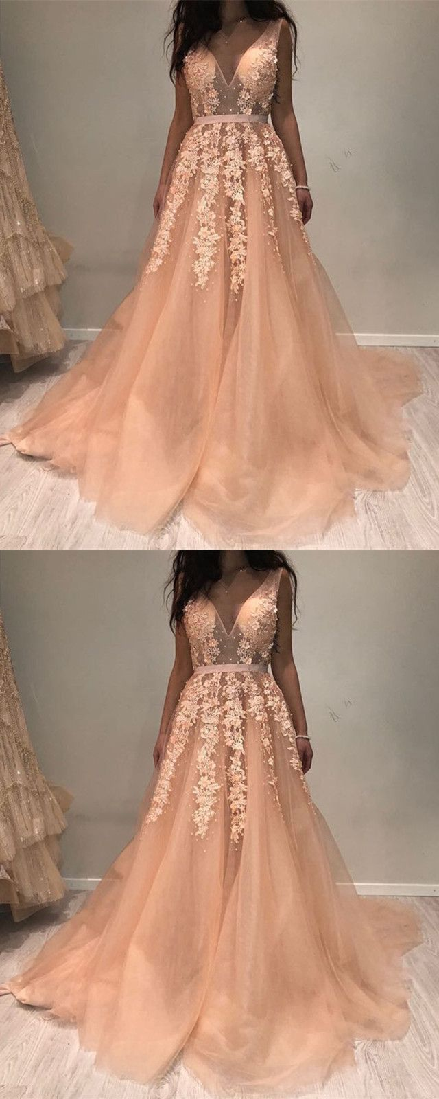 Plunge vneck long tulle prom dresses lace appliques evening gowns