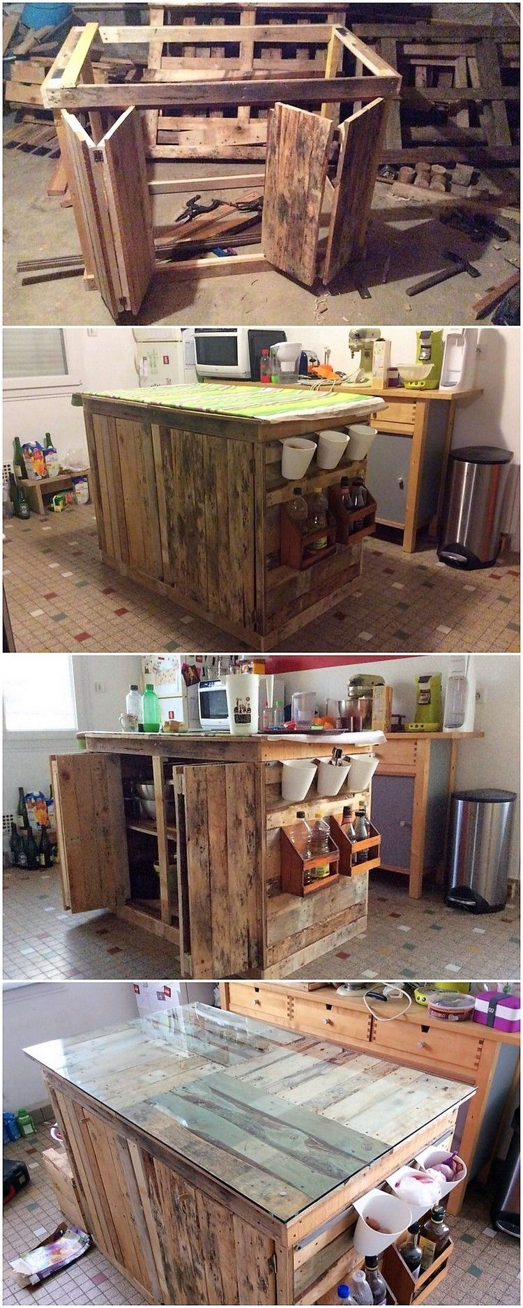 This Is A Small And Yet An Impression Art Work Design Of The Wood Pallet In The Style Of The Kitchen Cabinet O Pallet Diy Diy Pallet Projects Pallet Home Decor