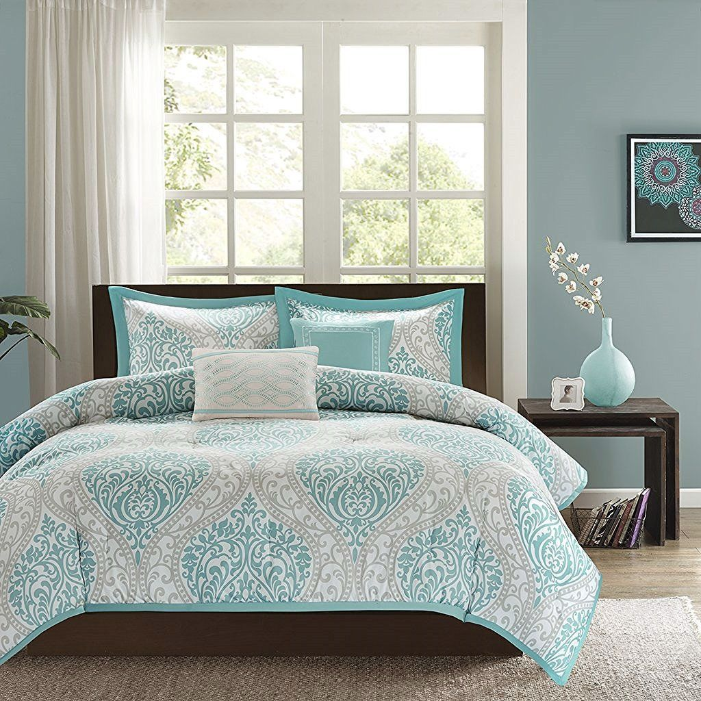 Full Queen Size 5 Piece Damask Comforter Set In Light Blue White