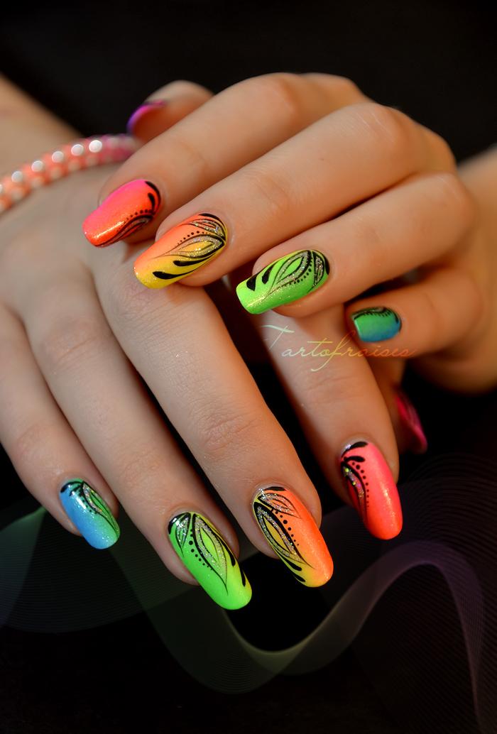 Miami Beach nails …   körmök   Pinterest   Miami beach, Miami and Beach