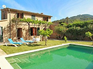 Wonderful Secluded And Private Villa In The Centre Of Soller Free Wifi Holiday Rental In Soller Center From Homeaway Holiday Rental Private Villas Secluded