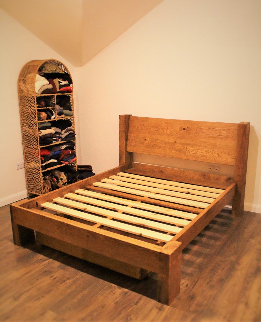 Our Custom Handmade Double Bed Features A Solid Oak Headboard And A Thick Reclaimed Wood Fsc Timb Wooden Bedroom Furniture Rustic Bedroom Furniture Furniture
