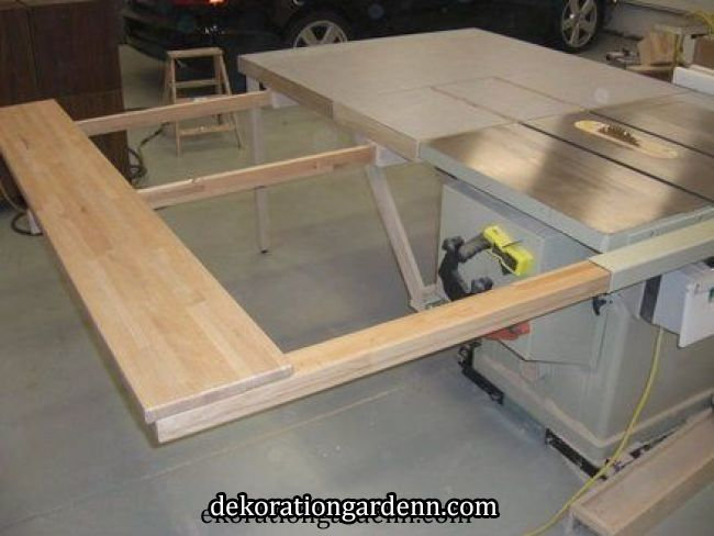 Table Saw Outfeed Table By Screwge Lumberjocks Com Woodworking Community Avec Images Rangement Outils Outils De Menuiserie Rangement Atelier