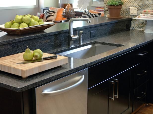 Choosing The Right Kitchen Sink And Faucet Kitchen Island With Sink Kitchen Island With Sink Dishwasher Types Of Kitchen Countertops