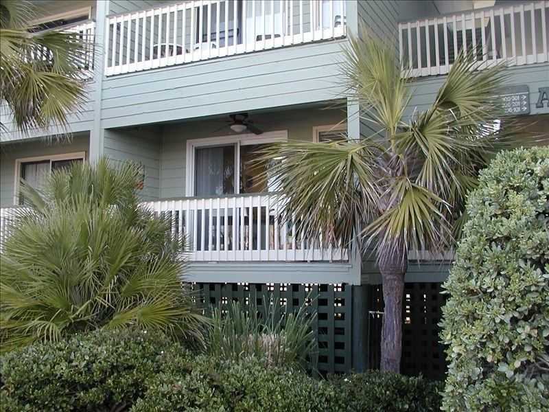 Charleston condo vacation rental in isle of palms from