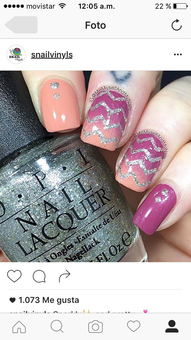 Pink, gold and gray chevron nails for @Michelle