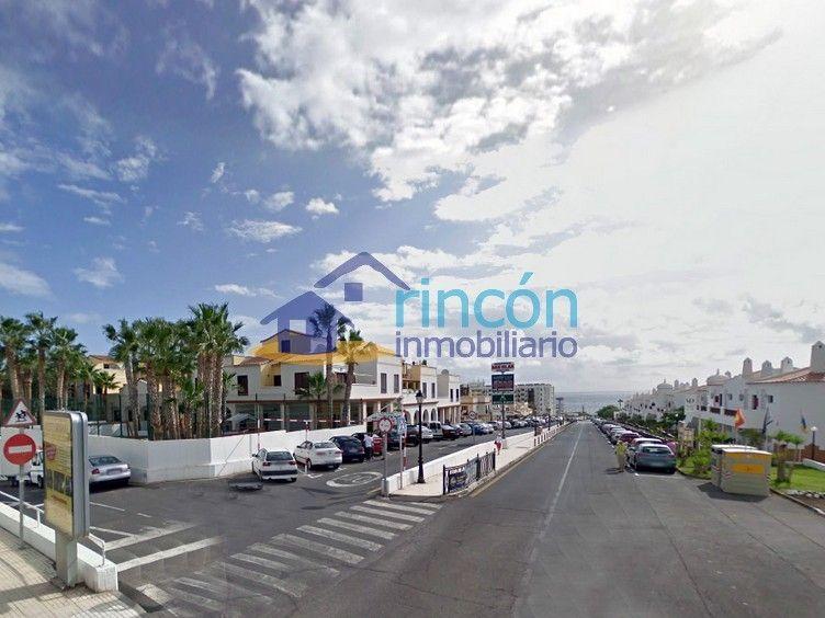 Pisos de 100 m2 en Golf del Sur, Tenerife, desde 148.800 €