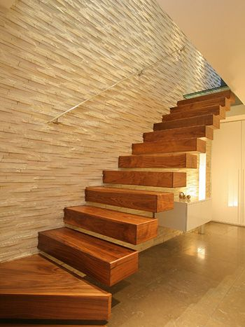 Esquina vitrina de madera malaga espana google search - Diseno de interiores malaga ...