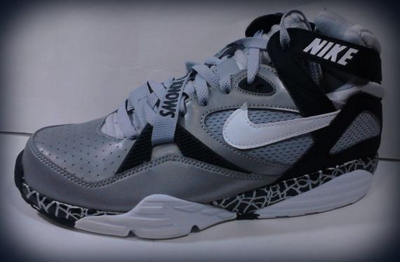 nike air trainer max 1 91 bo knows | Womens sneakers