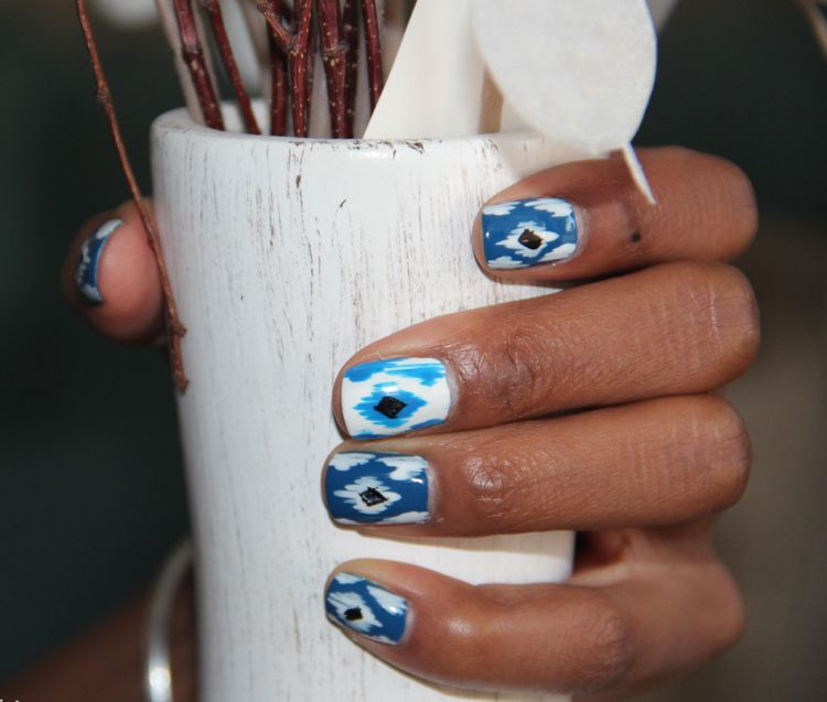 ikat muster ethno mode style trend nageldesign trkis - Ikat Muster Ethno Design