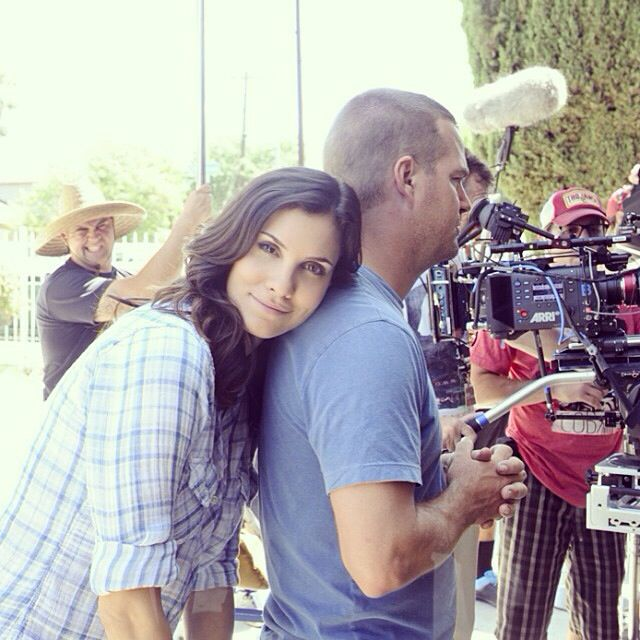 Aww. Daniela Ruah & Chris O'Donnell on the set of NCIS:LA ...