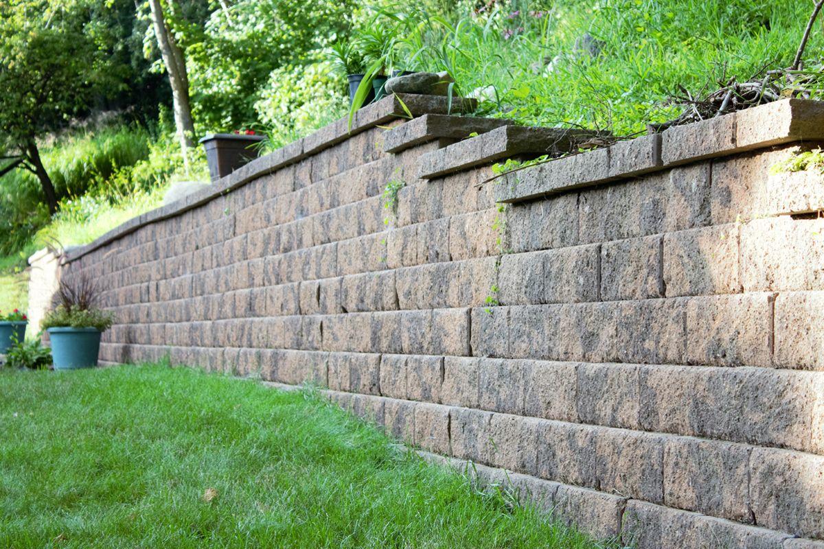 Brown Anchor Diamond Block Retaining Wall Retaining Wall Construction Hardscape Retaining Wall