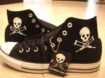 4a267e574cb4f6 Jackass Converse