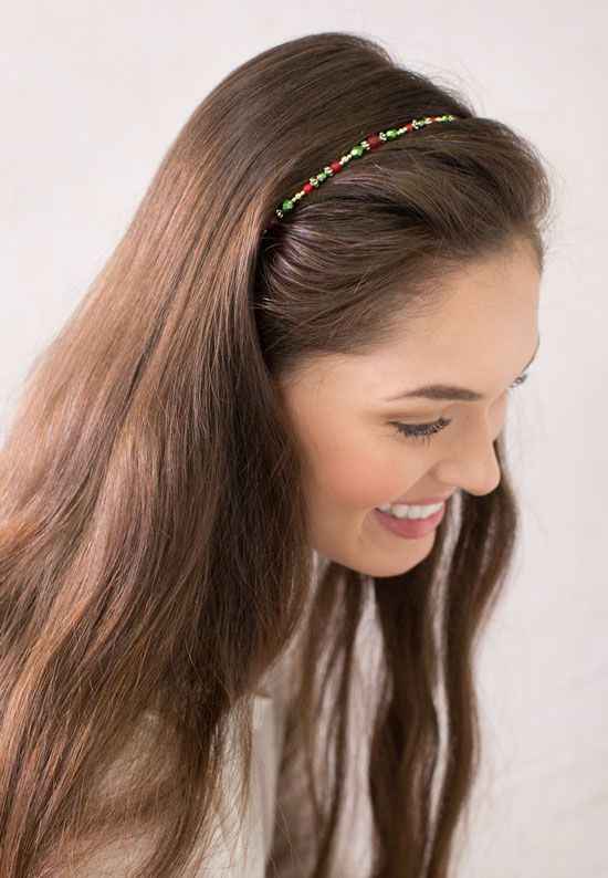 Simple But Beautiful Hairstyle With Red Green And Gold Holly Hairband This Easy Style Looks Great In L Hairband Hairstyle Rose Hair Easy Updos For Long Hair