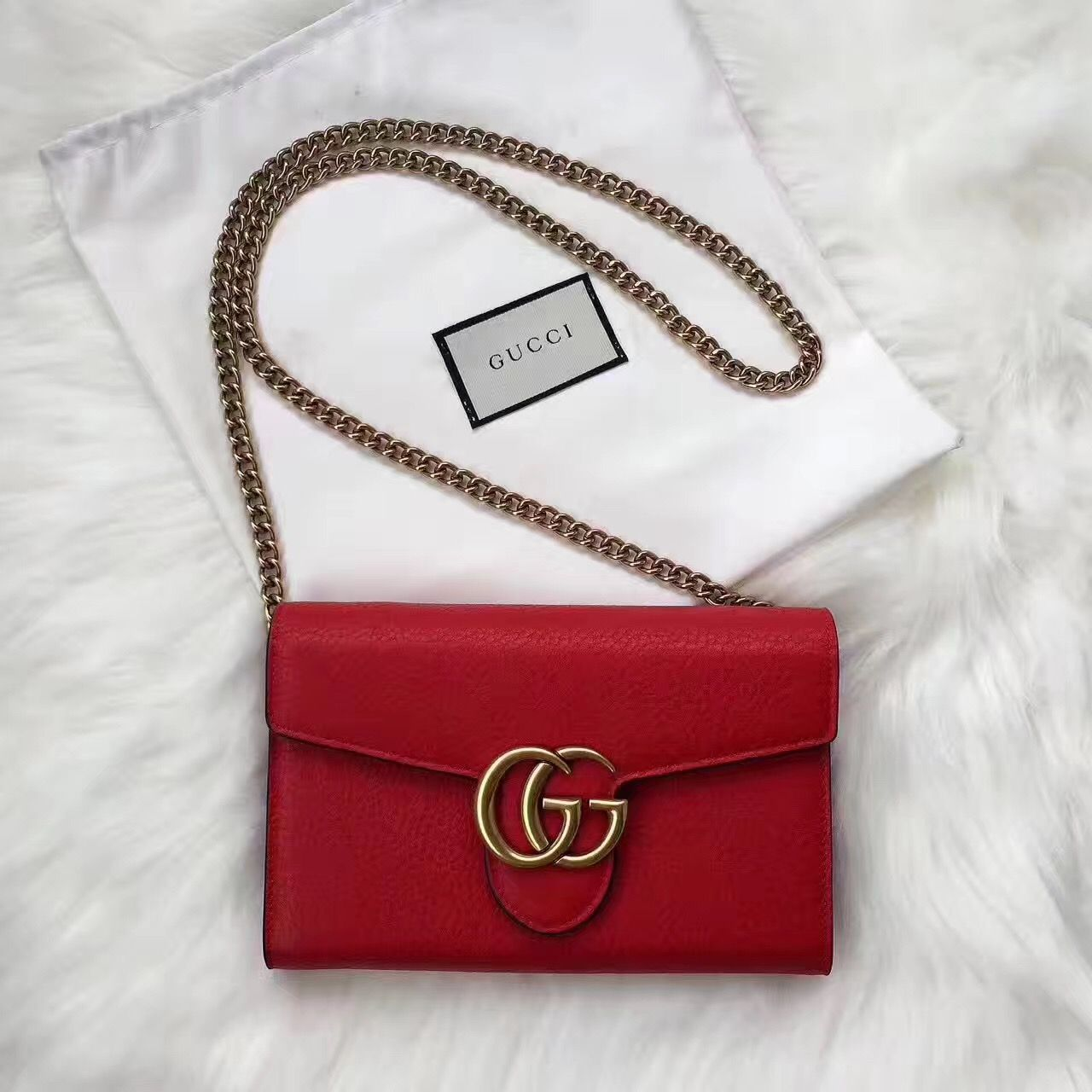 f3048e27954ba Gucci woman marmont chain WOC bag GG buckle