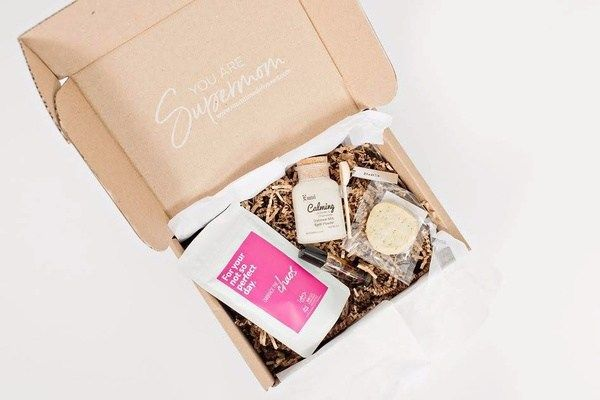 Mom Time Delivered is a health and wellness subscription box. It promotes happiness and gives you t