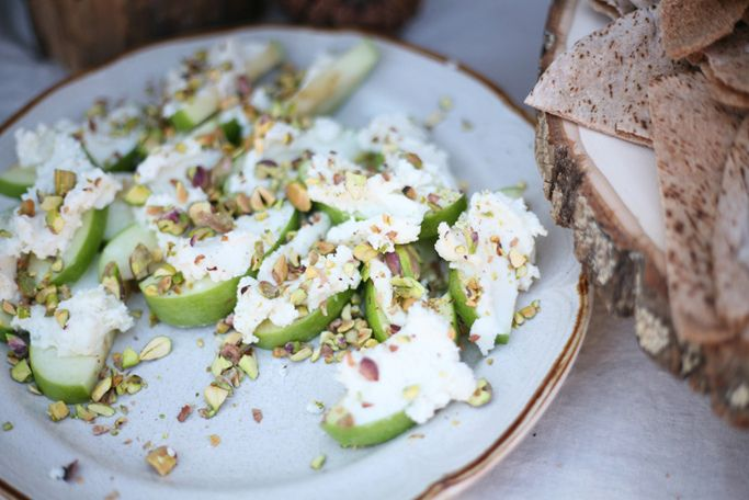 inspiration: apple slices topped with a mixture of goat cheese and honey sprinkled with pistachios