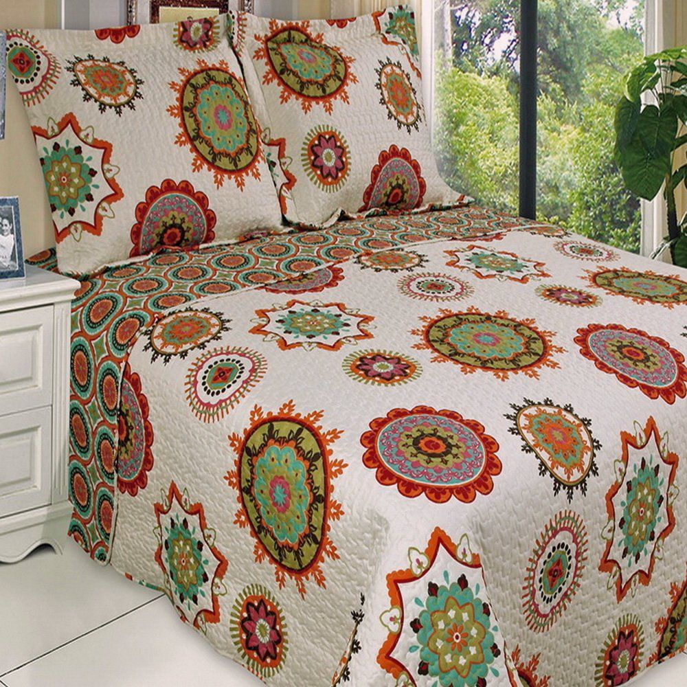 Red and Beige Cream Bedding | Quilt, Red green and Quilts & coverlets : lightweight quilts and coverlets - Adamdwight.com