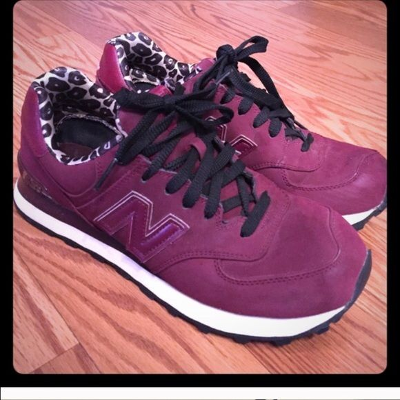 New Balance Sneakers Awesome new balance sneakers with cheetah print. Worn a few times but in excellent condition and come with box! New Balance Shoes Sneakers