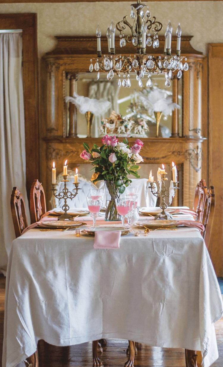 Craigslist Antiques Secondhand To Sophisticated Cottage Style Decor Decor Cottage Style