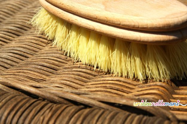 Rimedi per la casa come pulire le sedie in vimini del - Rimedi per le formiche in casa ...