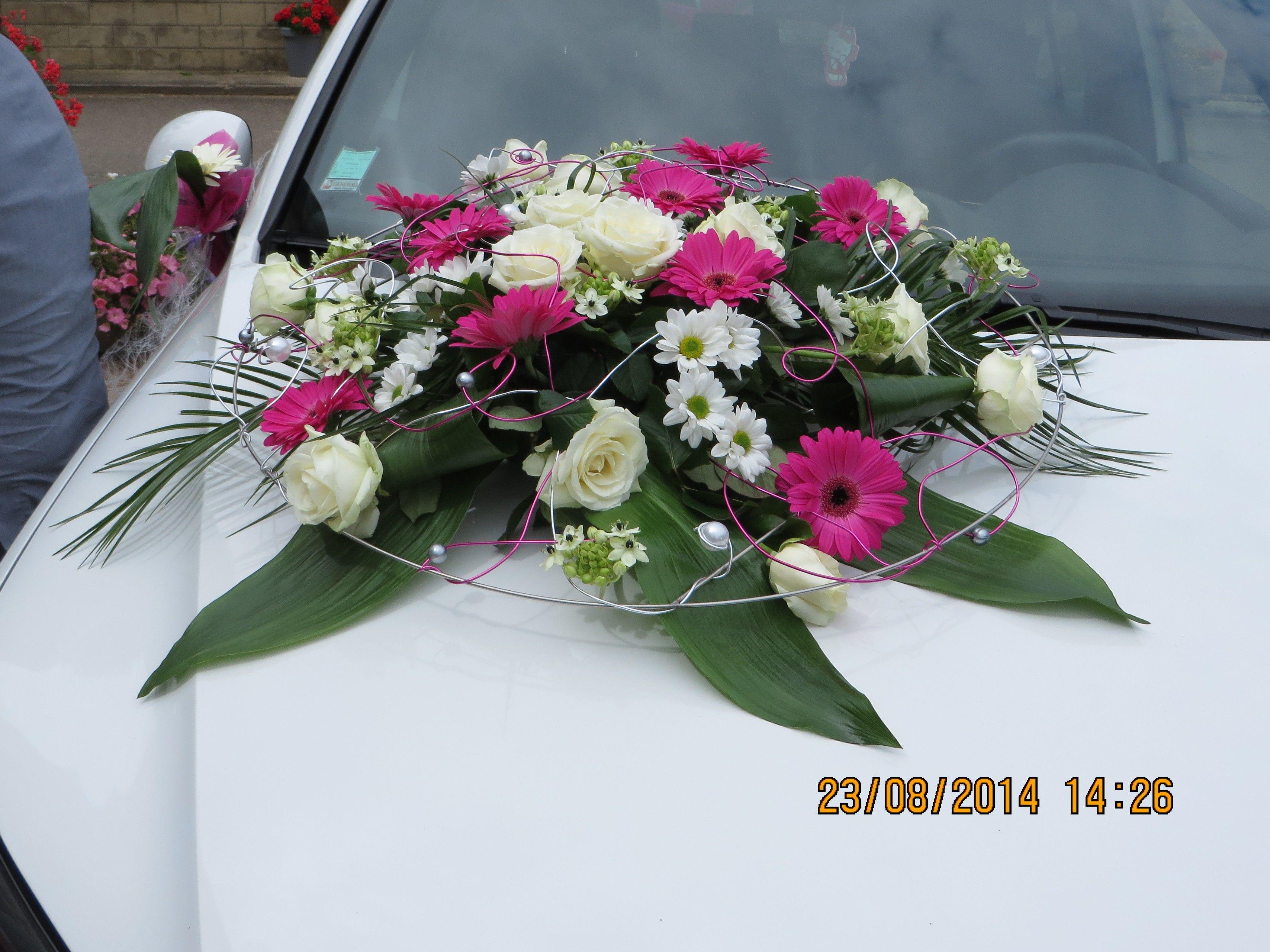 D coration fleur voiture mariage fushia gris pinterest Decoration voiture mariage romantique