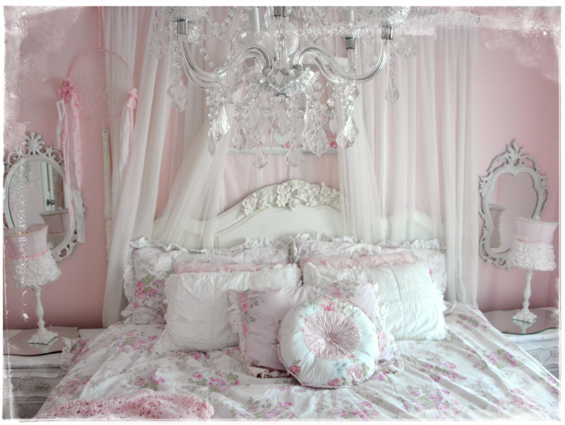 Bedroom Pretty Pink Shabby Chic Bedrooms With Silver Chandelier