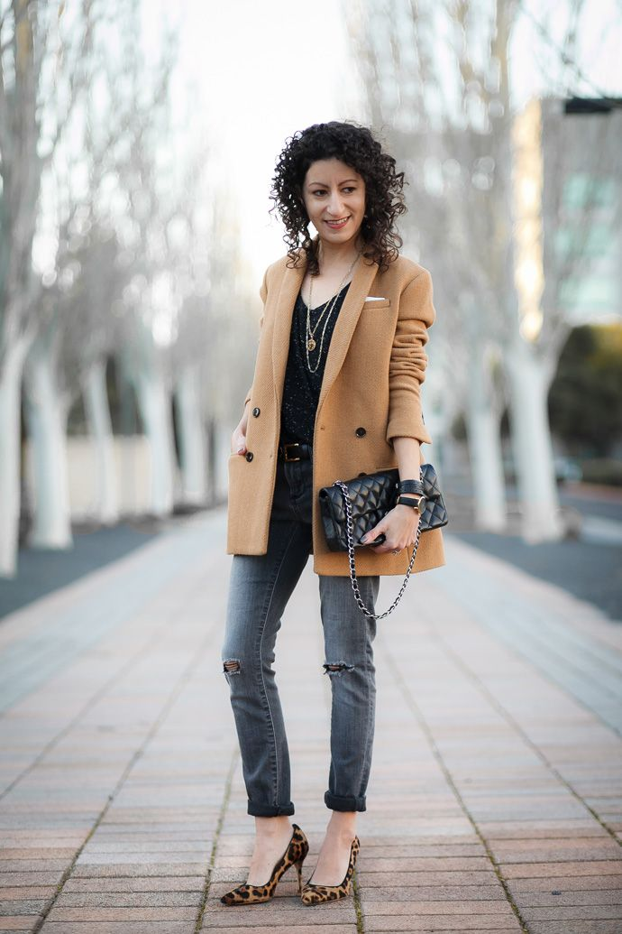 Outfit idea: pairing a camel jacket with a black top and jeans. Leopard  shoes tie the outfit together. | My Style // Petite Fashion | Pinterest |  Leopard ...