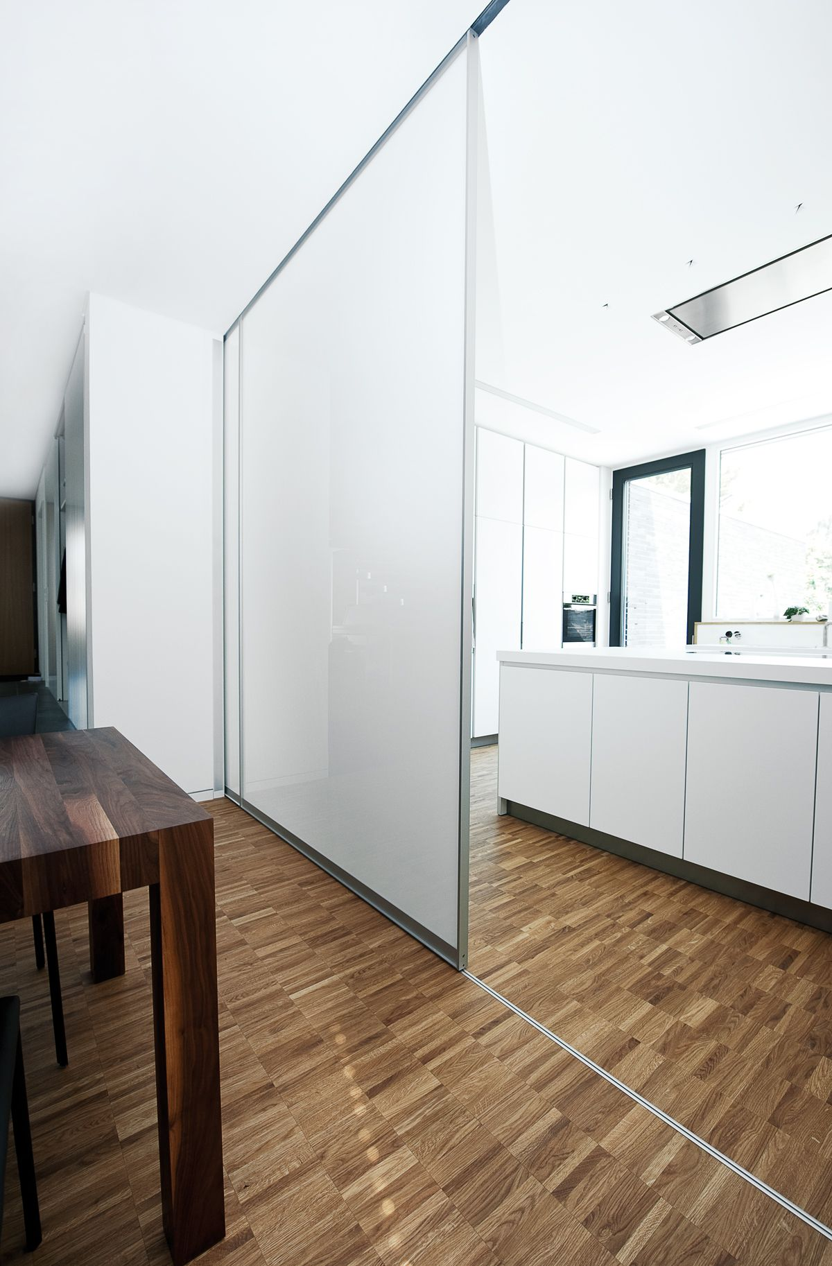 Einen Raumteiler Bzw. Eine Schiebetür Für Ihren Küchenbereich Bzw.  Wohnbereich Selbst Gestalten? Selbstverständlich