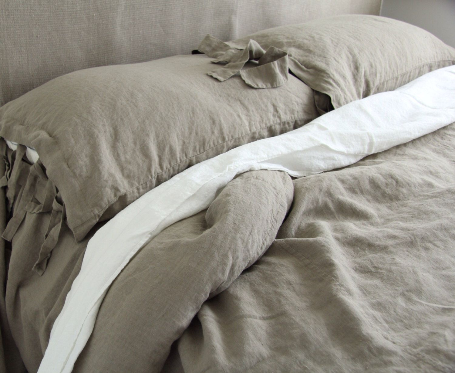 LINEN SHEET SET Of 4 Pieces. White French Linen Flat And Fitted Sheet And  Two
