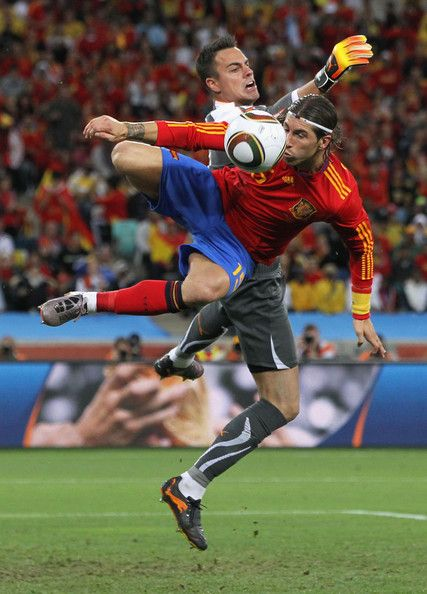 Sergio Ramos Photos Photos Spain V Switzerland Group H 2010 Fifa World Cup Sergio Ramos Soccer Event World Cup