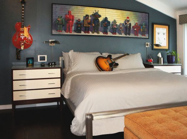 Rock N Roll Themed Bedroom For Those Who Prefer Melodious Dreams