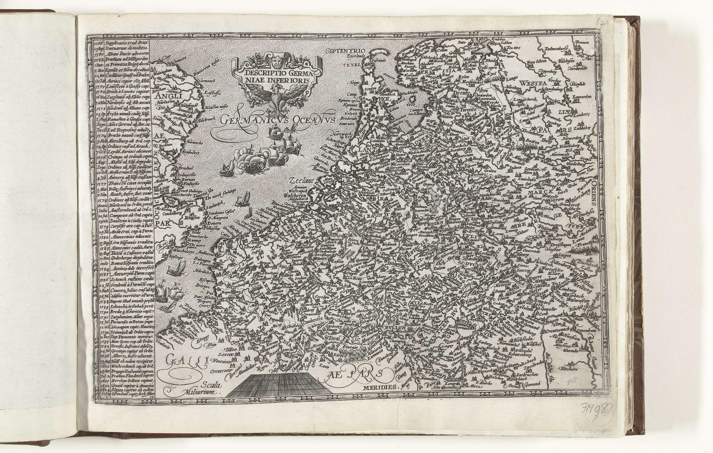 anoniem | Kaart van de Nederlanden, workshop of Frans Hogenberg, 1604 - 1605 | Kaart van de Nederlanden. Met aan de linker zijde een lijst van de belangrijkste gebeurtenissen in de jaren 1566-1604, in het Latijn.
